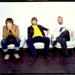 VIDEO : PETER BJORN &amp; JOHN  YOUNG FOLKS (Indie/Pop  Sweden)